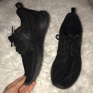 All black Roshe shoes